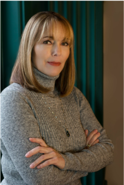Leslie Nagel Author Photo 2